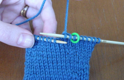 knit 2 stitches